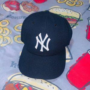 New Era : New York Yankee MLB Hat
